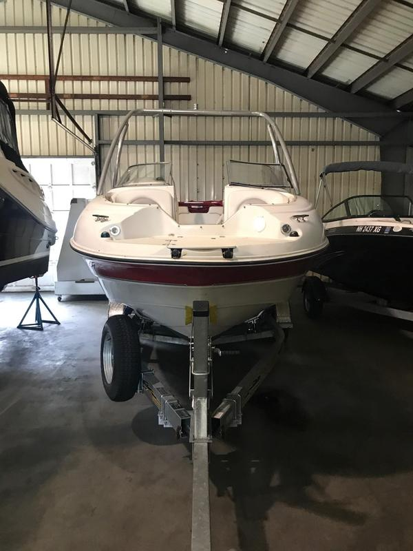 Used Stingray 220DR Bowrider Boat For Sale