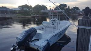 Used Sea Fox 239 Ocean Runner Center Console Fishing Boat For Sale