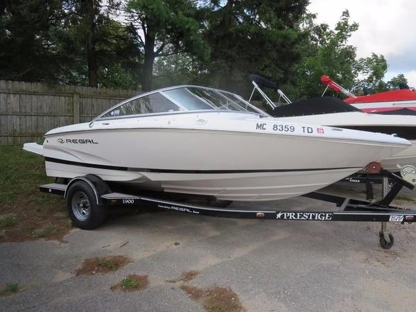Used Regal 1900 Bowrider Boat For Sale