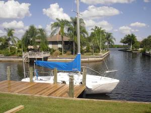 Used Islander Bahama 24 Cruiser Sailboat For Sale