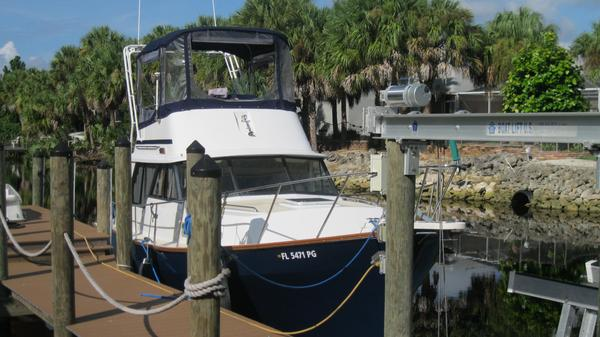 Used Mainship 34 Mainship III Motor Yacht For Sale