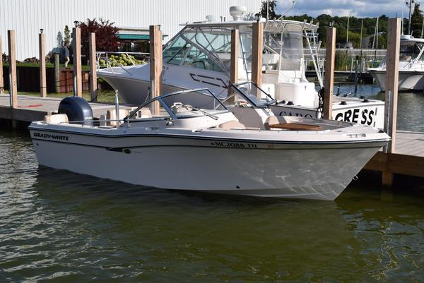 Used Grady-White 205 Bowrider Boat For Sale
