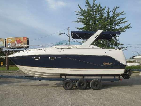 Used Rinker 270 EC Cruiser Boat For Sale