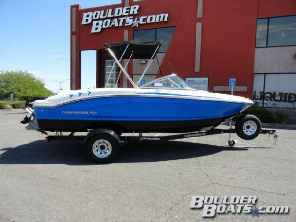 New Chaparral Bowrider Boat For Sale
