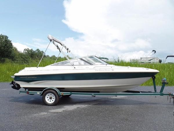 Used Monterey Bowrider Boat For Sale