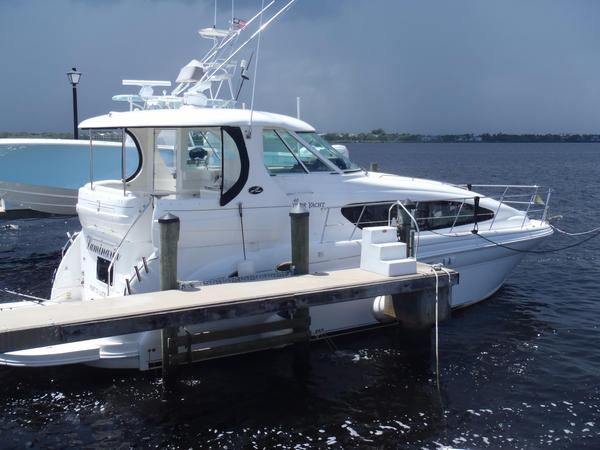 Used Sea Ray 40 MotorYacht Motor Yacht For Sale