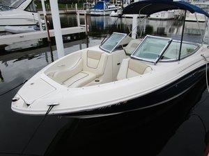 Used Sea Ray 230 SLX Ski and Wakeboard Boat For Sale