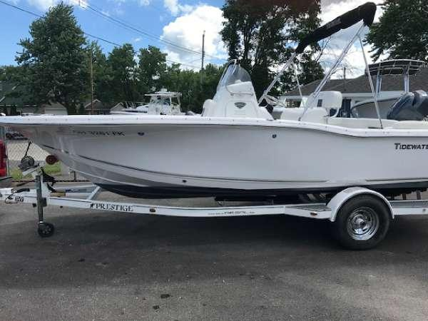 Used Tidewater Boats 210 LXF Bowrider Boat For Sale