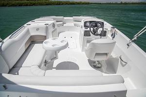 New Hurricane Sundeck Sport 188 IO Bowrider Boat For Sale