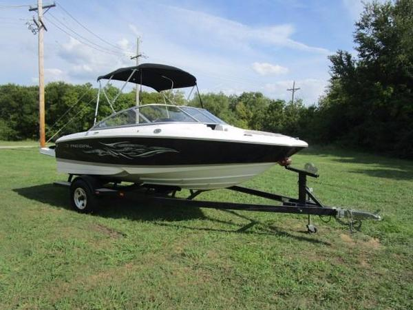 Used Regal 1900 Bowrider Runabout Boat For Sale