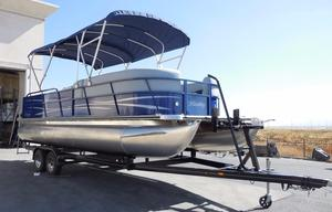 New Bentley Pontoons 240 CRRE Pontoon Boat For Sale