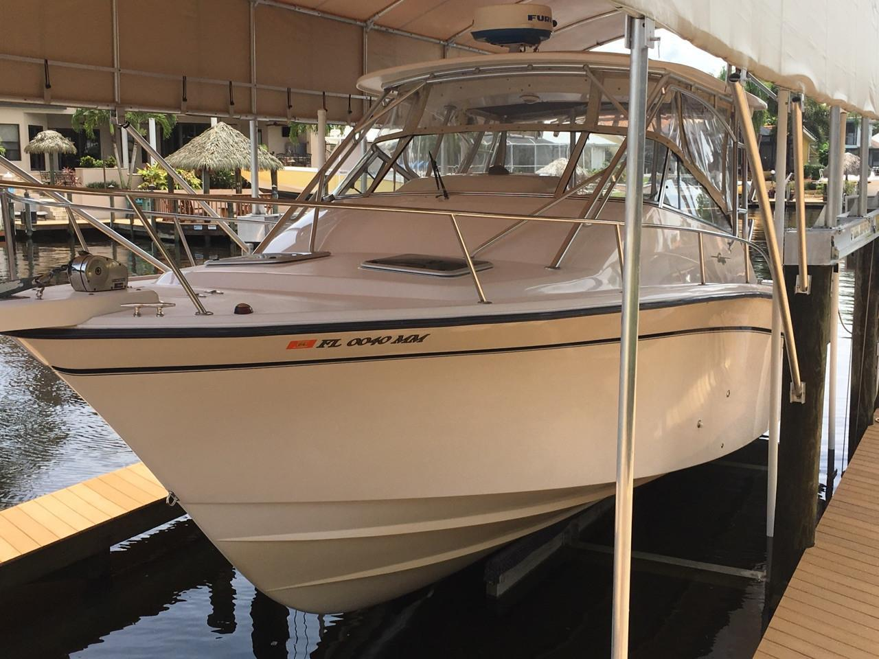 2004 used grady white express 330 saltwater fishing boat for Grady white fishing boats