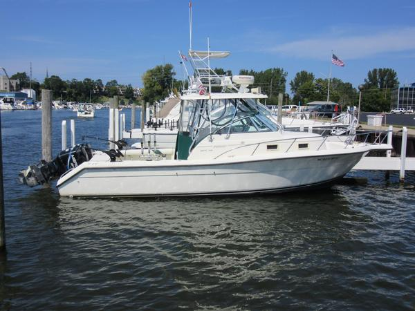 1998 used pursuit 2870 walkaround center console fishing for Fishing boats for sale in michigan