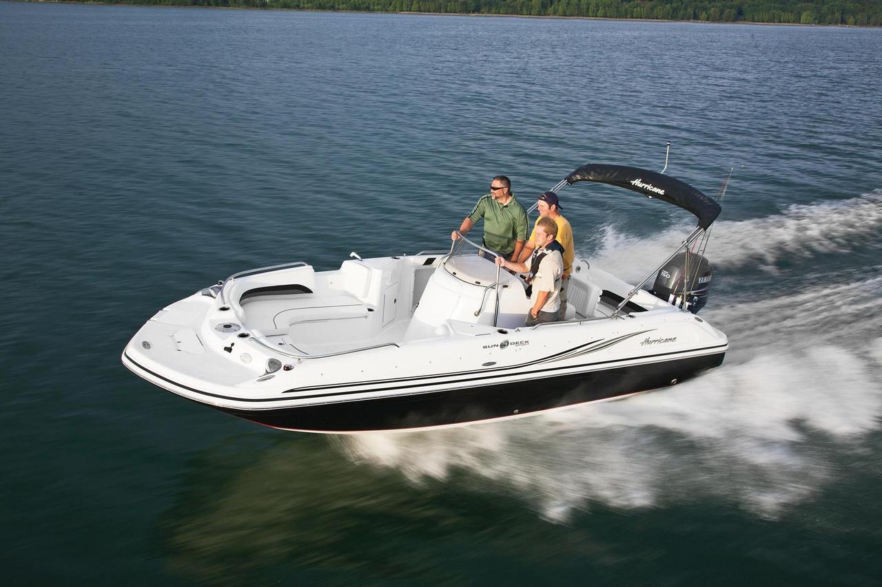 2018 new hurricane sundeck sport 211sundeck sport 211 deck for Hurricane sundeck for sale