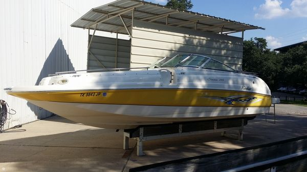 Used Rinker 243 Siesta Deck Boat For Sale
