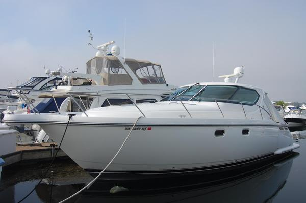 Used Tiara 4300 Sovran Motor Yacht For Sale