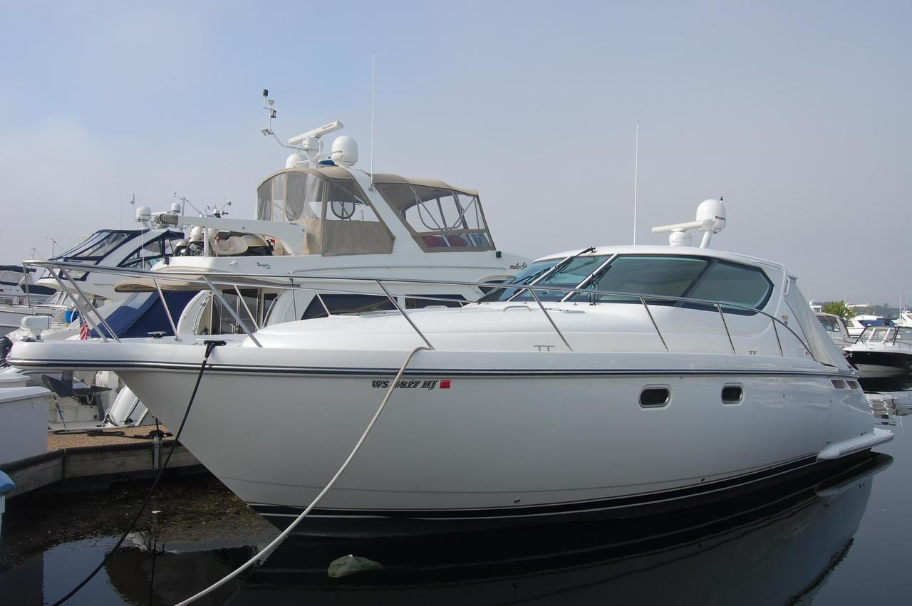 2007 used tiara 4300 sovran motor yacht for sale for Used motor yacht for sale