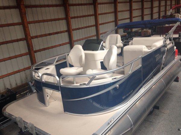 New Tahoe Pontoons Sport Bow Fish 16' Pontoon Boat For Sale
