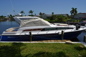 Used Chris Craft Roamer Cruiser Boat For Sale