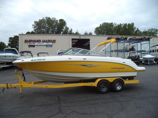 Used Chaparral 236 SSi Runabout Boat For Sale