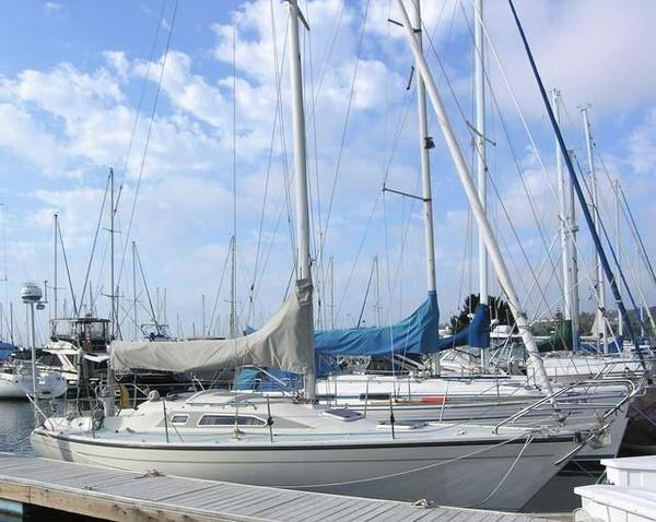 Used Dehler 34 Racer and Cruiser Sailboat For Sale