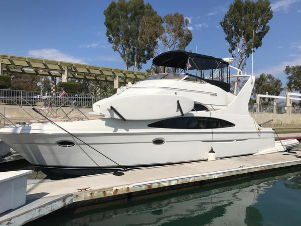Used Carver 420 Mariner Cruiser Boat For Sale