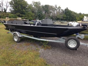 New Lowe Roughneck 1760 Pathfinder Tunnel Jet - HEAVY DUTY Jet Boat For Sale