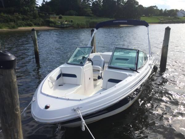 Used Chaparral 19 Sport H2O Runabout Boat For Sale