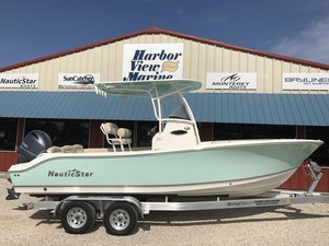 New Nautic Star 2302 Legacy Center Console Fishing Boat For Sale