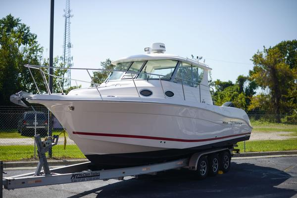 Used Striper 2901 Walkaround OB Walkaround Fishing Boat For Sale