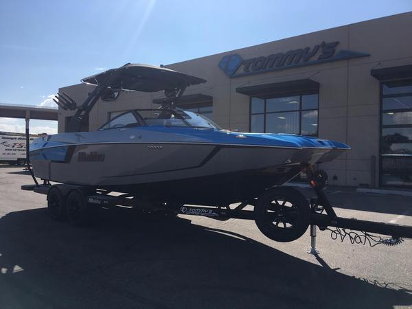 New Malibu Wakesetter 24 MXZ Ski and Wakeboard Boat For Sale