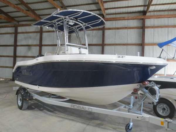 Used Robalo R180 Center Console Fishing Boat For Sale