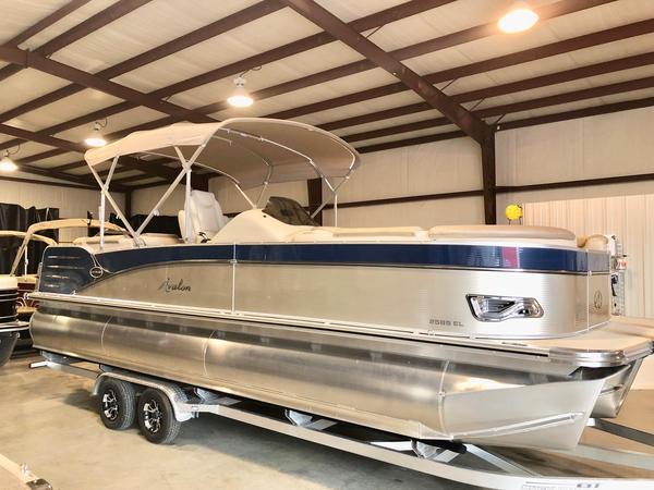 New Avalon 25 Catalina Pontoon Boat For Sale