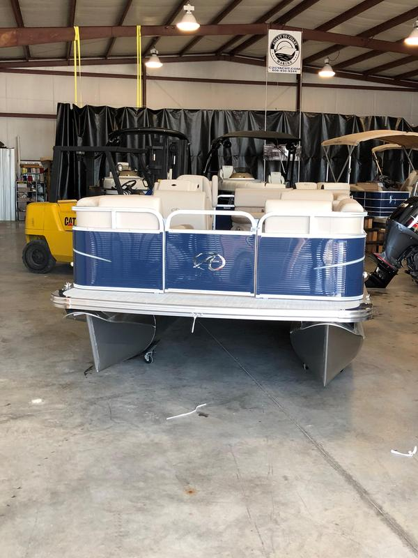 New Avalon Pontoon Boat For Sale