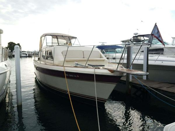 Used Trojan TRI Cabin Motor Yacht For Sale