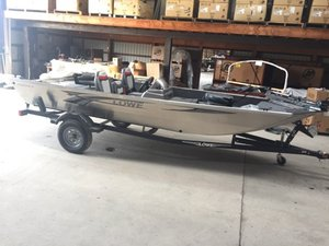 New Lowe STRYKER 17 Sports Fishing Boat For Sale