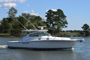 Used Pursuit 38 EXPRESS Cruiser Boat For Sale