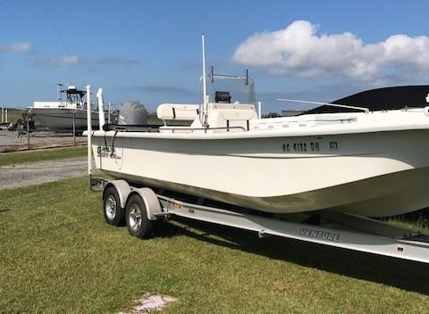 Used Carolina Skiff DLV2580 Bay Boat For Sale
