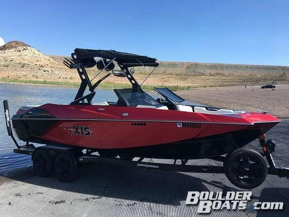 Used Axis A22A22 Ski and Wakeboard Boat For Sale