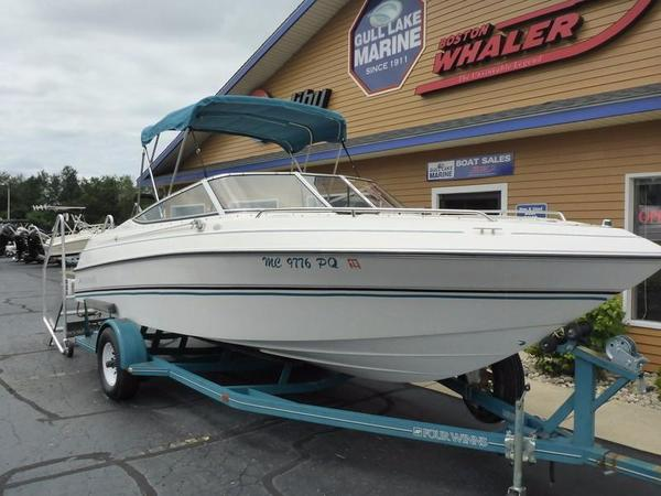 Used Four Winns 210 Horizon BR Bowrider Boat For Sale