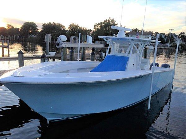 Used Sea Hunter Tournament 35 Center Console Fishing Boat For Sale