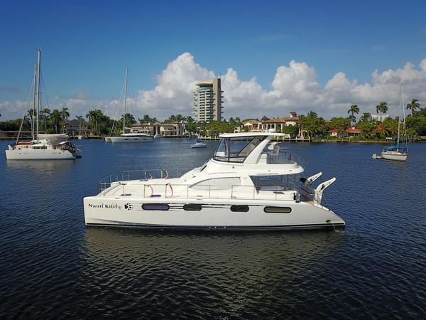 Used Leopard 47 PC Power Catamaran Boat For Sale