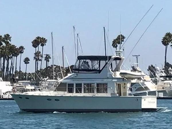 Used Mckinna 47 Sedan Cruiser Boat For Sale