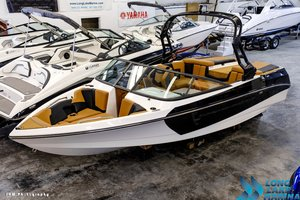 New Nautique 210 Ski and Wakeboard Boat For Sale