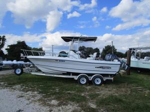 Used Triumph 215 CC Center Console Fishing Boat For Sale