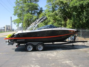 Used Four Winns SL22 Bowrider Boat For Sale