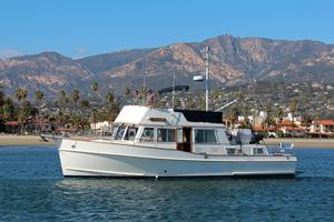 Used Grand Banks 42 Classic Stabilized Trawler Boat For Sale