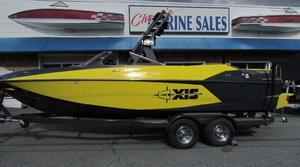 New Axis Core Series T23 Ski and Wakeboard Boat For Sale