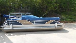 Used Aqua Patio AP 240 Pontoon Boat For Sale