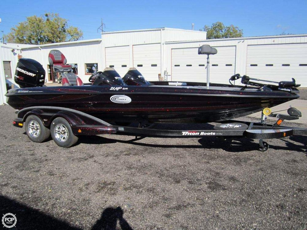 2012 used triton 21 hp elite dc bass boat for sale for Used fishing boats for sale in wisconsin